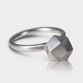 Ring Polyrocks Silber (by Michaela Koller)
